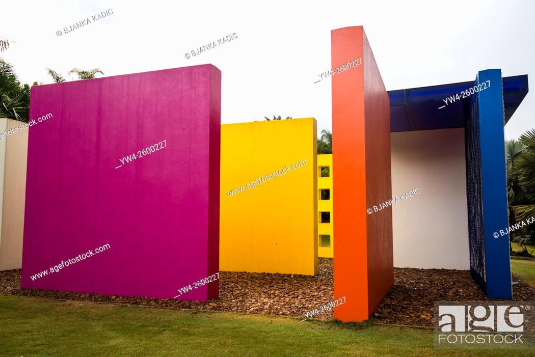 Stock Photo: Hélio Oiticica installation, Inhotim botanical Garden and Contemporary art museum, Belo Horizonte, Minas Gerais, Brazil.