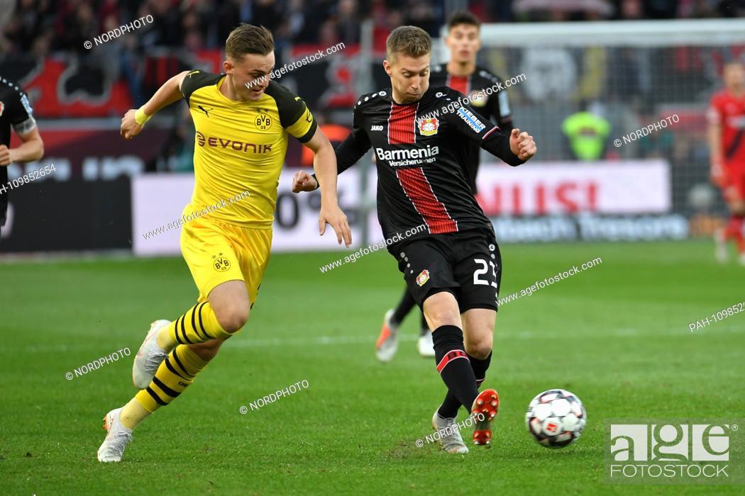 Stock Photo: 29. 09.2018, BayArena, Leverkusen, GER, 1. FBL, Bayer 04 Leverkusen Vs. Borussia Dortmund, DFL regulations prohibit any use of photographs as picture sequences.
