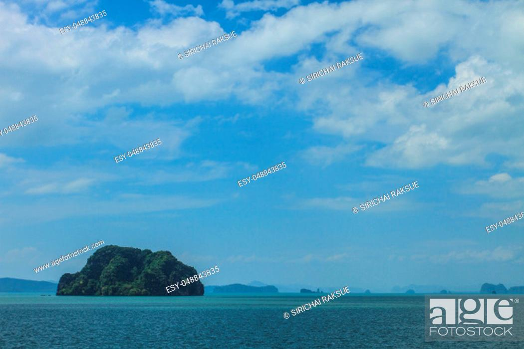 Stock Photo: beautiful tropical sea in summer, beach island and the sea in Thailand.