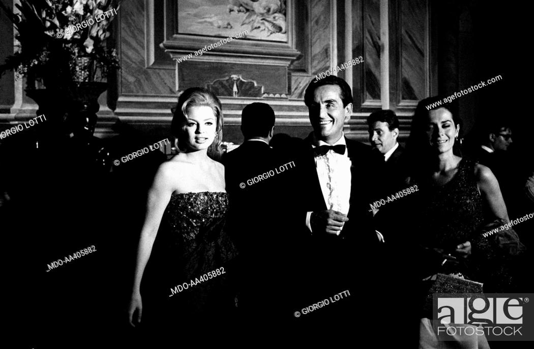 Vittorio Gassman Margaret Lee And Juliette Mayniel At 27th Venice International Film Festival Stock Photo Picture And Rights Managed Image Pic Mdo Aa405882 Agefotostock