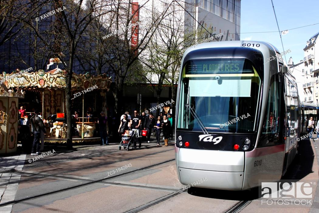 Stock Photo: Tram, public transport, city, Grenoble, capital of the Alps, Isère, Rhône-Alpes, France.
