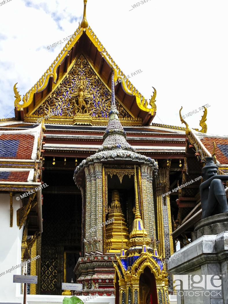 Stock Photo: Wat Phra Kaew, Bangkok, Thailand, Asia.