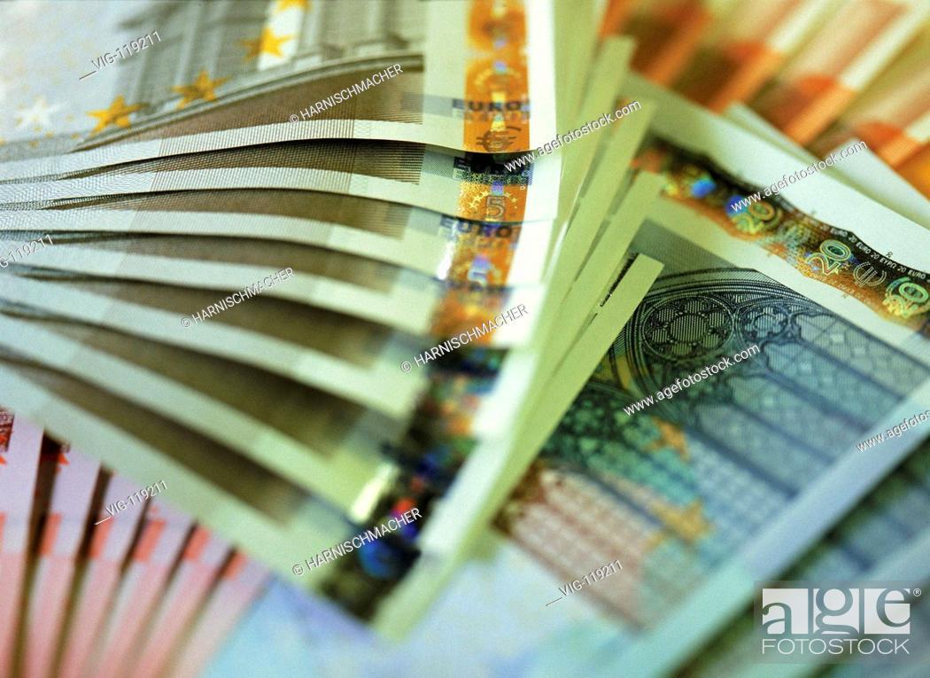 Stock Photo: Euro notes.  - 27/10/2005.