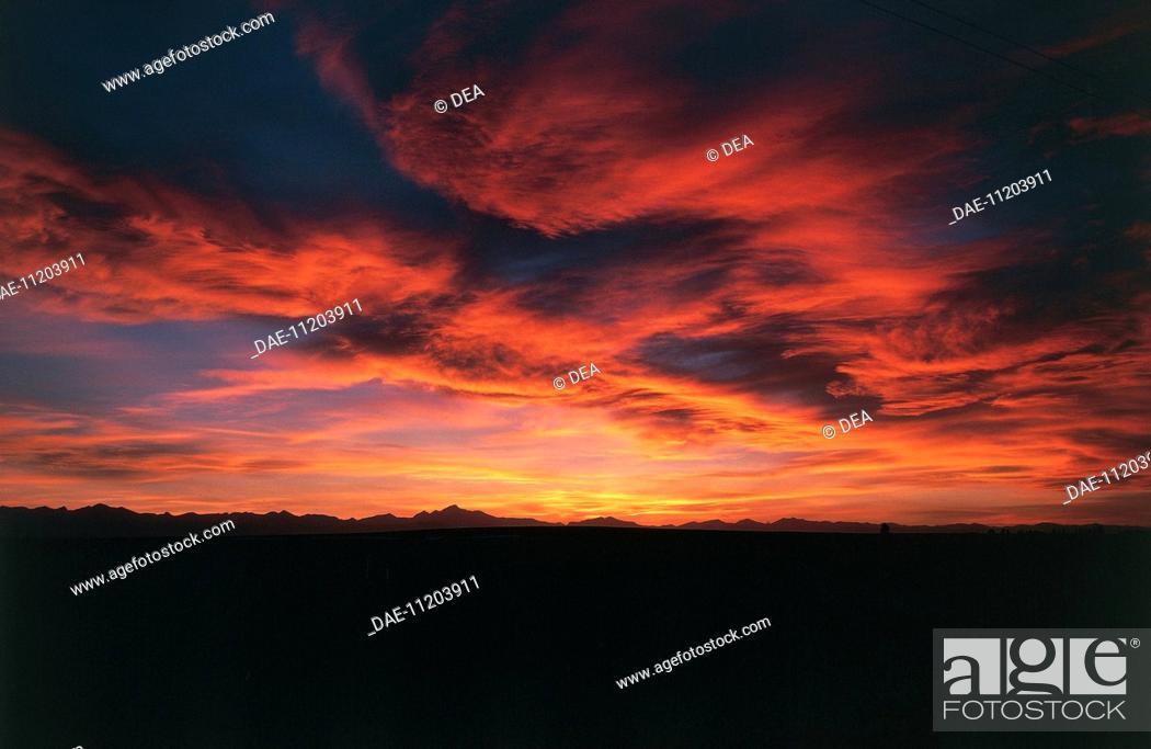 Stock Photo: USA - Colorado. Sunset over the Rocky Mountains.