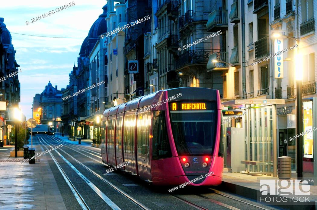 Stock Photo: Reims tramway, a transportation system opened in April 2011, Reims, Marne, Champagne-Ardenne, France.