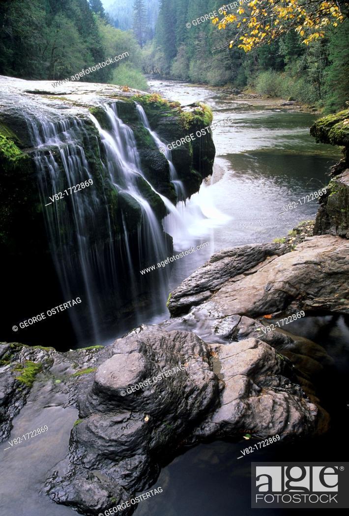 Stock Photo: Lower Lewis River Falls, Gifford Pinchot National Forest, Washington.
