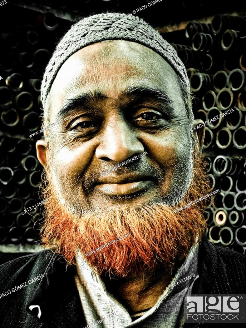 Stock Photo: Portrait of man, India.