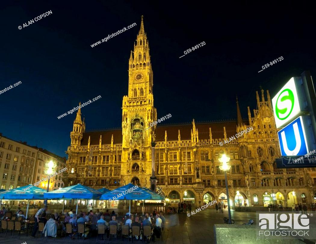 Stock Photo: Marienplatz and Neues Rathaus, Munich, Bavaria, Germany.