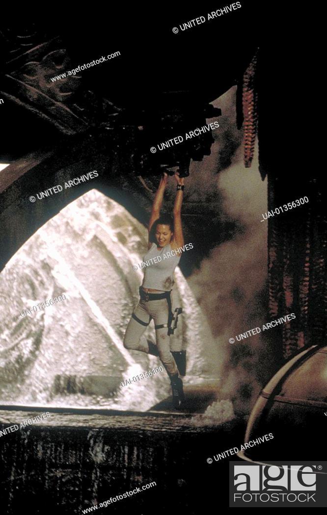 tomb raider 2001 movie poster