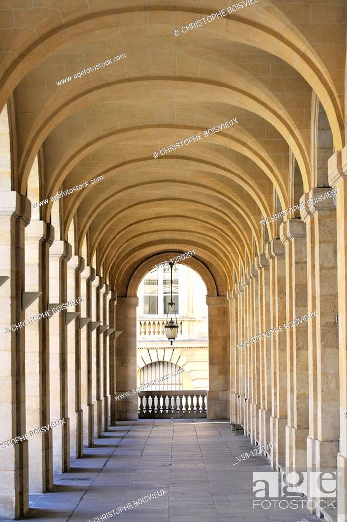 Stock Photo: France, Gironde, Bordeaux, World Heritage Site, Grand Theatre.