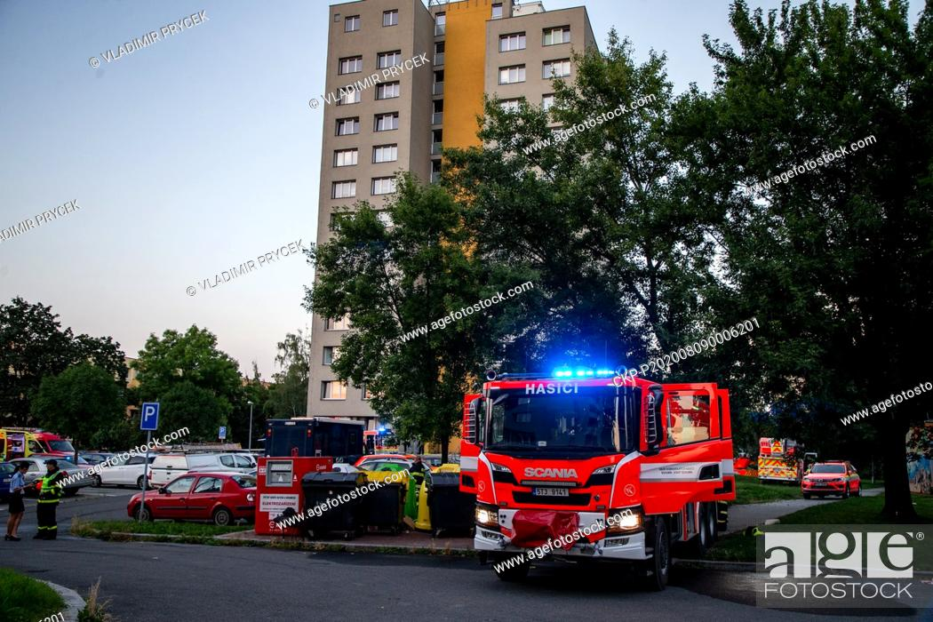 Imagen: Eleven people died in a fire in a pre-fab house in Bohumin, Czech Republic, on August 8, 2020. All 11 victims from Bohumin house lived in flat on 11th floor.