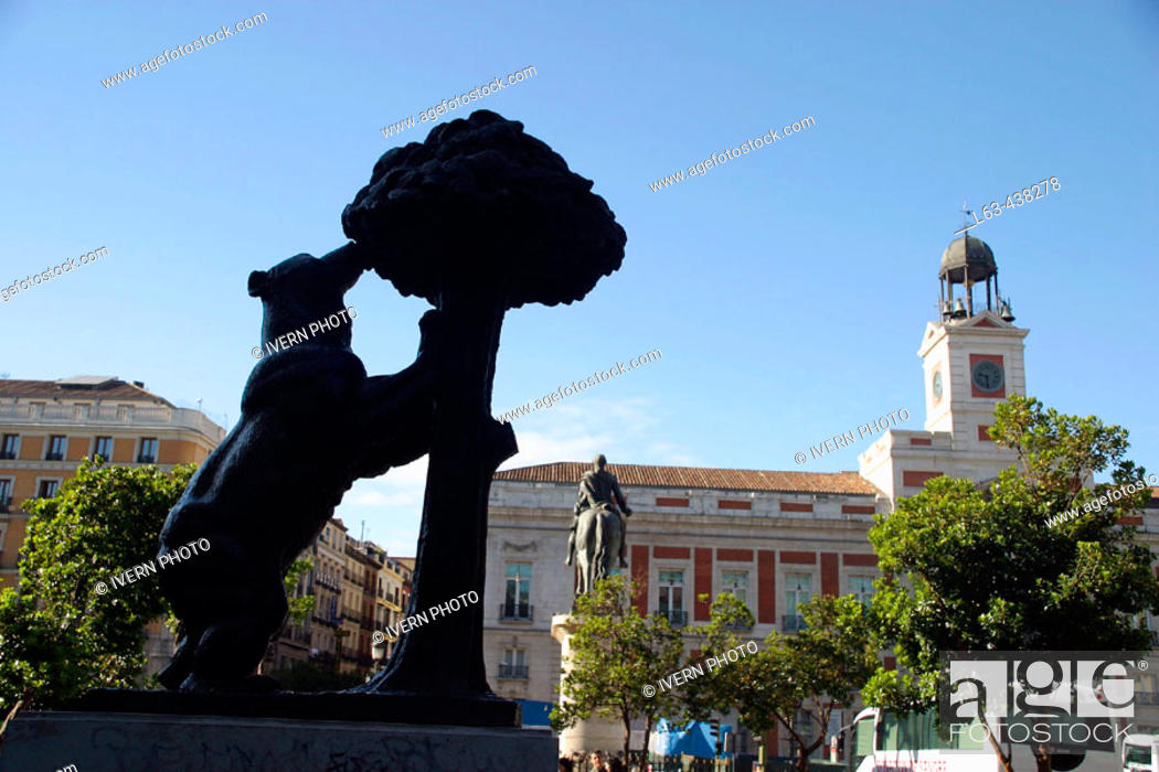 Statue Of Bear And Strawberry Tree Madrids Symbol At Puerta Del