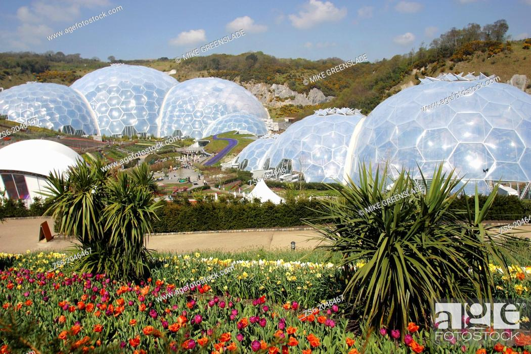 Imagen: Bulb Mania at The Eden Project, Boldeva, Cornwall, UK.
