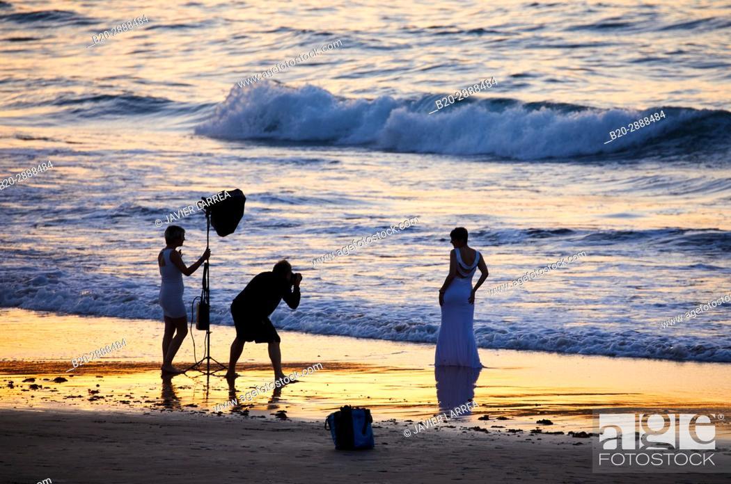 Stock Photo: Wedding photo, Beach, Hendaye, Aquitaine, Pyrenees Atlantiques, France.