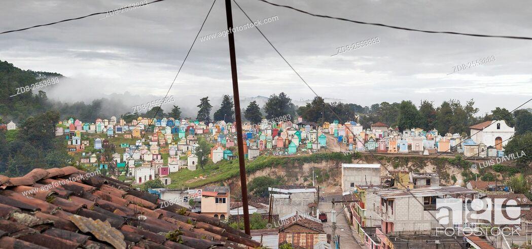 Imagen: cemetery. chichicastenango. guatemala.