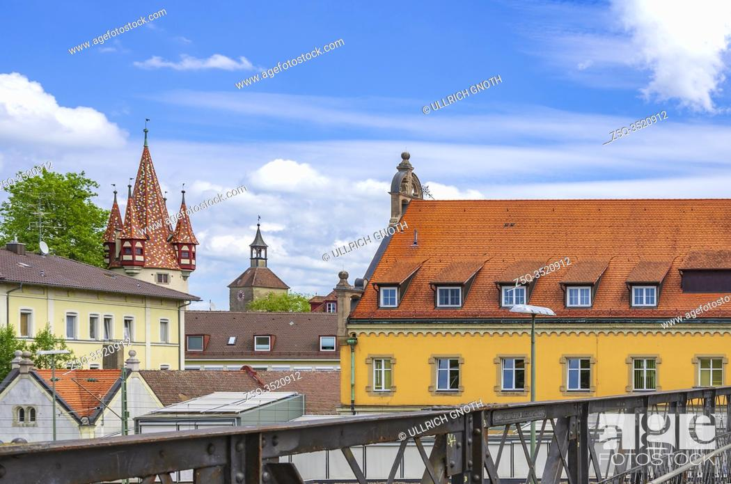 Stock Photo: The Thieves' Tower and the new Art Museum in the former main post office, Lindau in Lake Constance, Bavaria, Germany, Europe.
