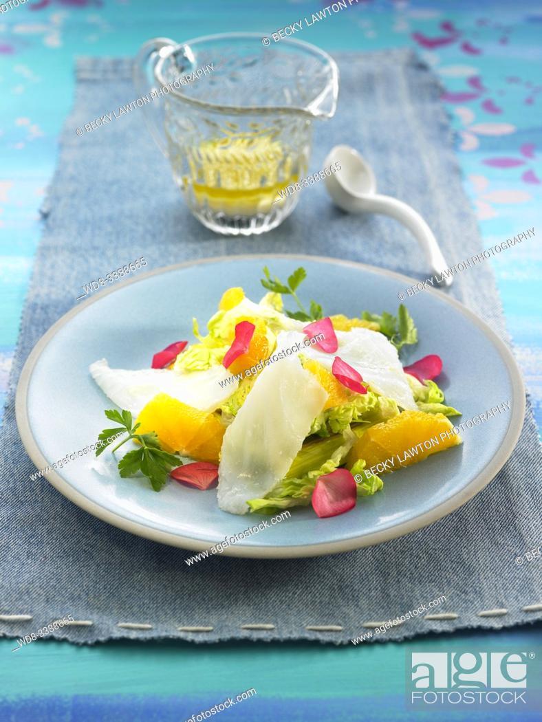 Imagen: ensalada de bacalao ahumado con naranja y puerro confitado / Smoked cod salad with orange and candied leek.
