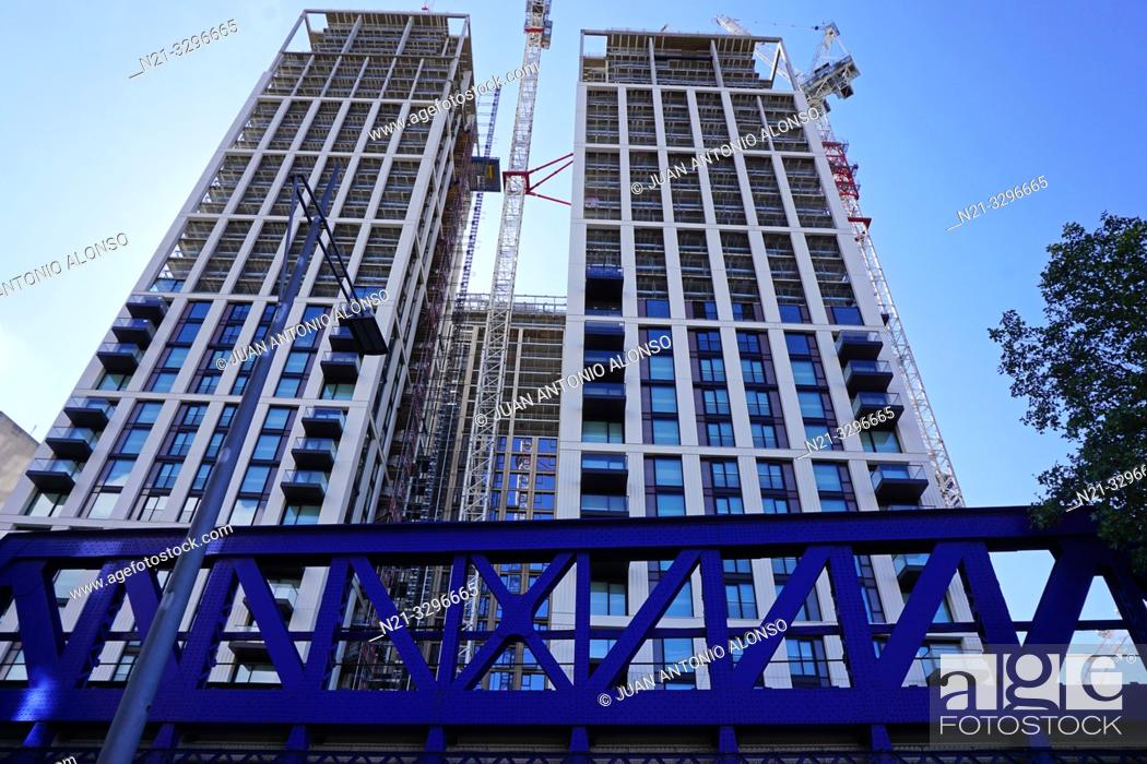 Imagen: Construction in the Southbank area. London, England, Great Britain, Europe.