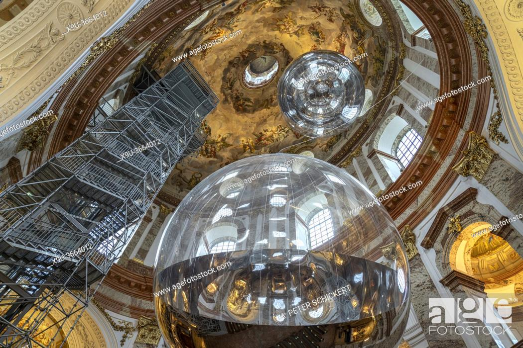 Stock Photo: Kunstinstallation Aerocene mit riesiger spiegelnder Kugel in der barocken Karlskirche in Wien, Österreich, Europa   contemporary art installation Aerocene by.