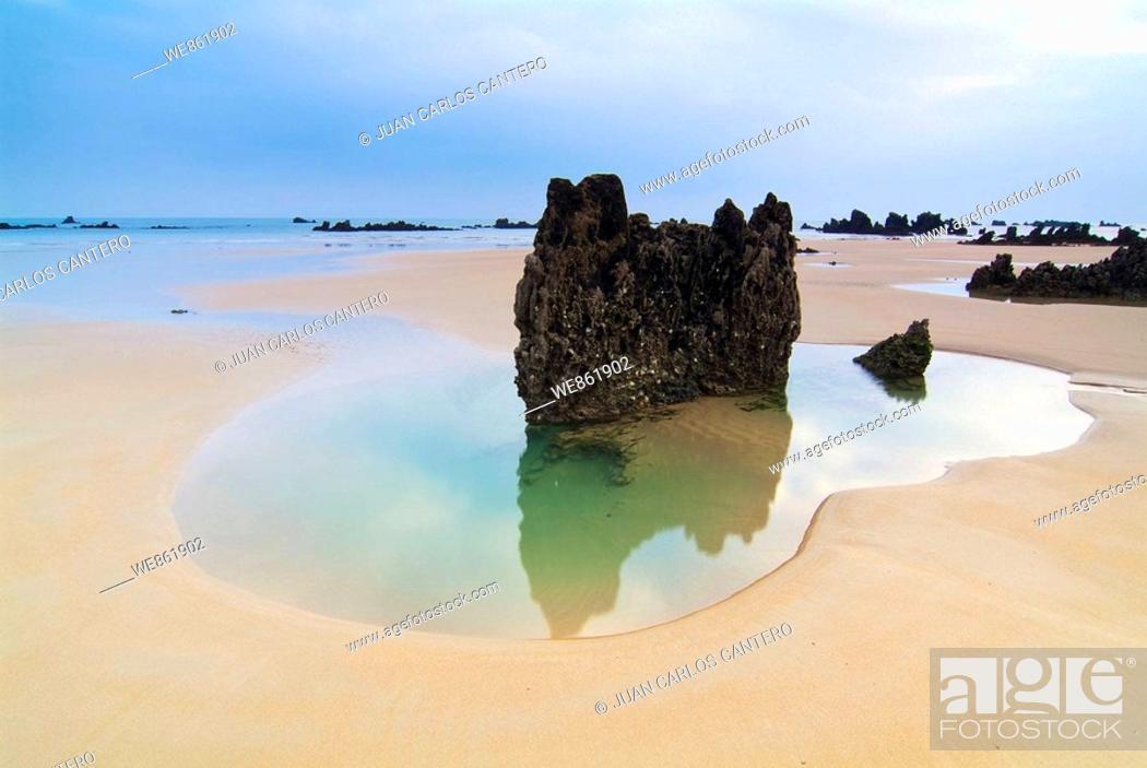 Stock Photo: Trengandin beach, Noja, Cantabria, Spain.