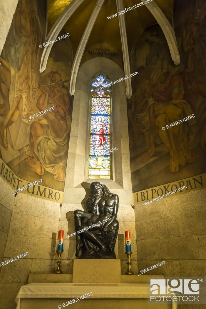 Photo de stock: Side altar with Pieta sculpture by the Croatian sculptor Ivan Mestrovic, Interior of St Mark's Church, Upper Town, Zagreb, Croatia.