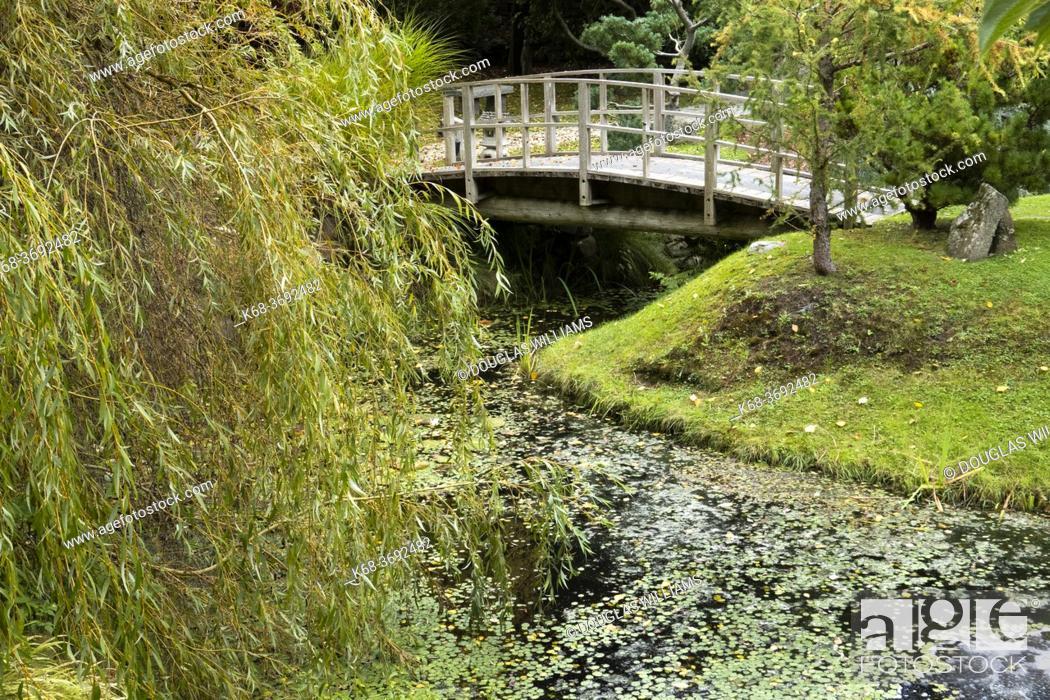 Stock Photo: Japanese Garden, Mayne Island, Gulf Islands, British Columbia, Canada.