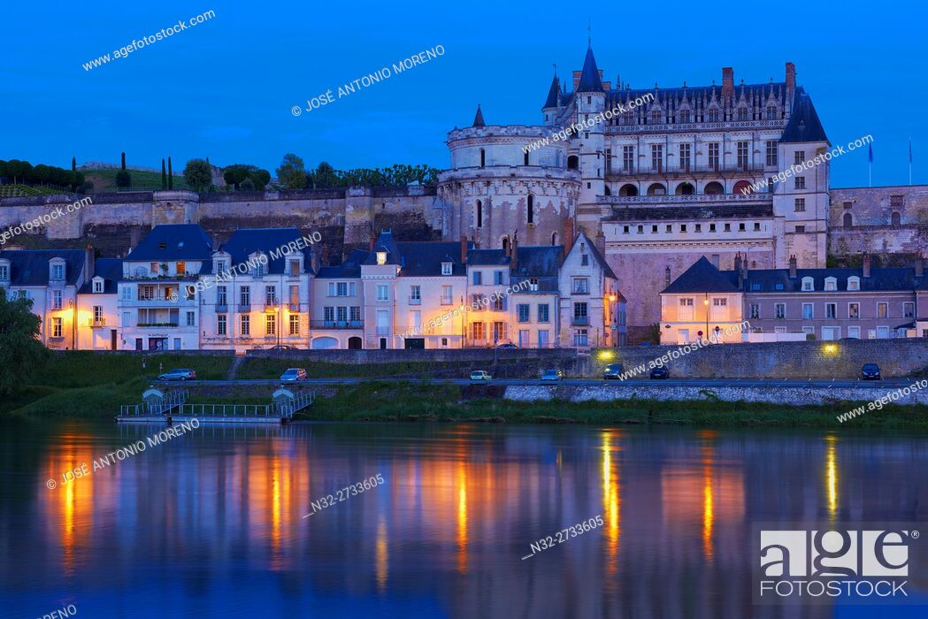 Stock Photo: Amboise, Castle, Chateau de Amboise, Amboise Castle. Dusk, Indre et Loire, Loire Valley, Loire River, Val de Loire, UNESCO World Heritage Site, France.