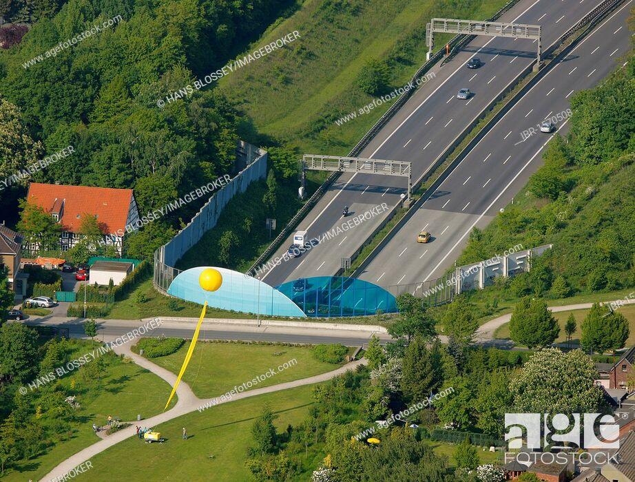 Imagen: Aerial view, mine Graf Bismarck 3, 5, A2 motorway cover, Schachtzeichen RUHR.2010 art installation, Gelsenkirchen, Ruhrgebiet region, North Rhine-Westphalia.