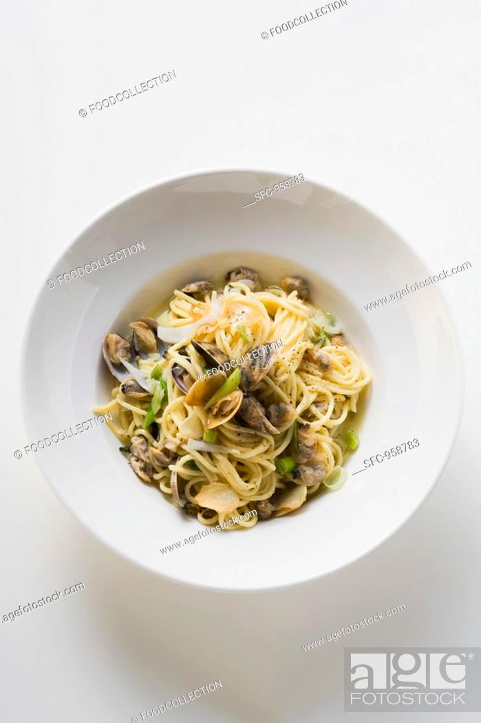 Stock Photo: Linguine with clams overhead view.