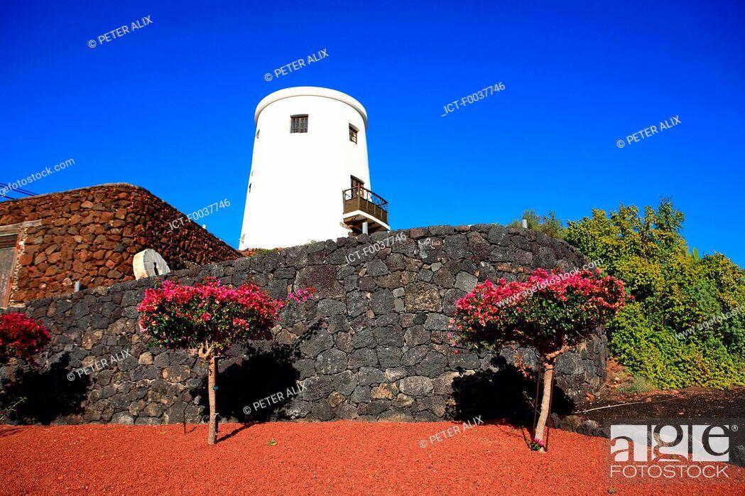 Stock Photo: Spain, Canary islands, Lanzarote, near national park of Timanfaya, Yaiza.