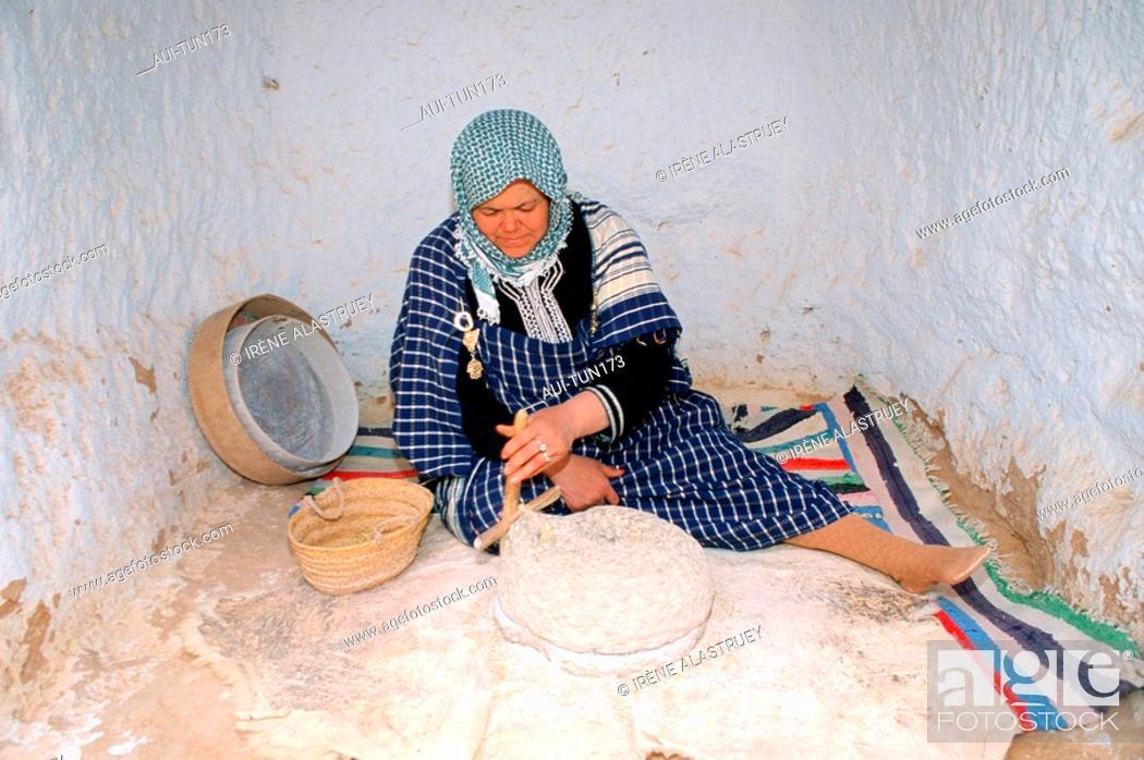 Stock Photo: Tunisia - The South - Jebel Dahar Region - Matmata -troglodytic house.