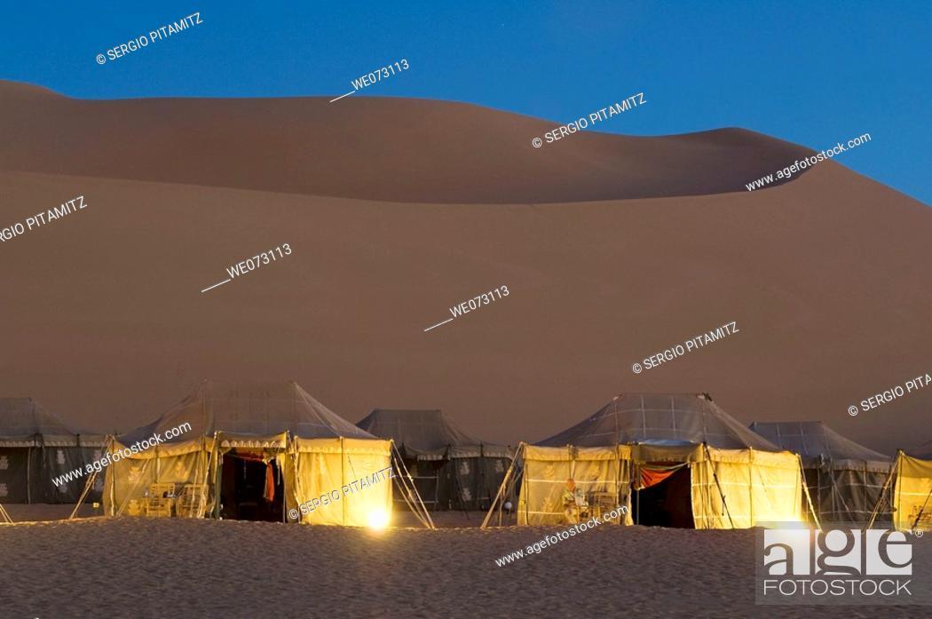 Stock Photo: Tourist camp, Erg Awbari, Sahara desert, Fezzan, Libya.