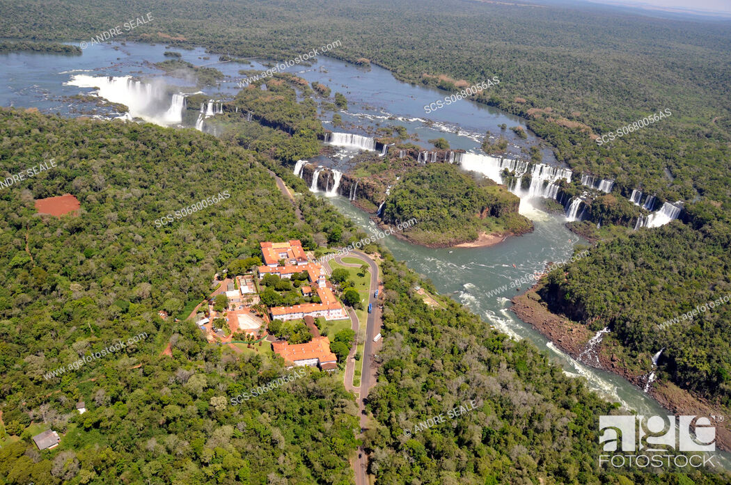 Stock Photo: Aerial view of Iguassu Falls, including 'Hotel das Cataratas' on Brazilian side and falls on Argentinian side.