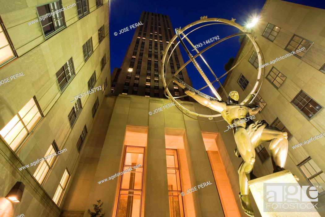 Stock Photo: Atlas statue, Rockefeller Center, Fifth Avenue, Manhattan, New York, USA.