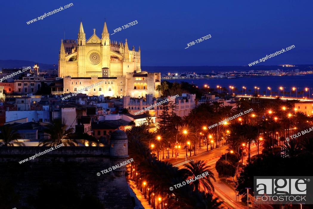Stock Photo: Cathedral of Mallorca, XIII - XX century, Baluard de Sant Pere, Palma, Mallorca, Balearic Islands, Spain.