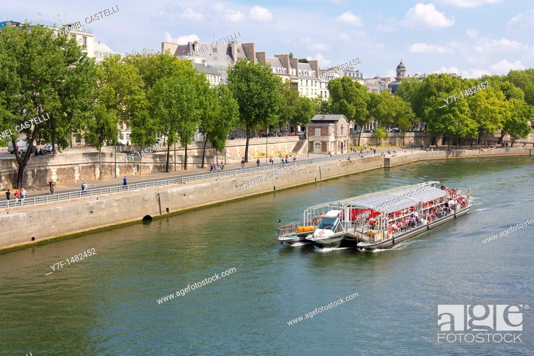 Stock Photo: Travel boat on Seine, Paris, France.