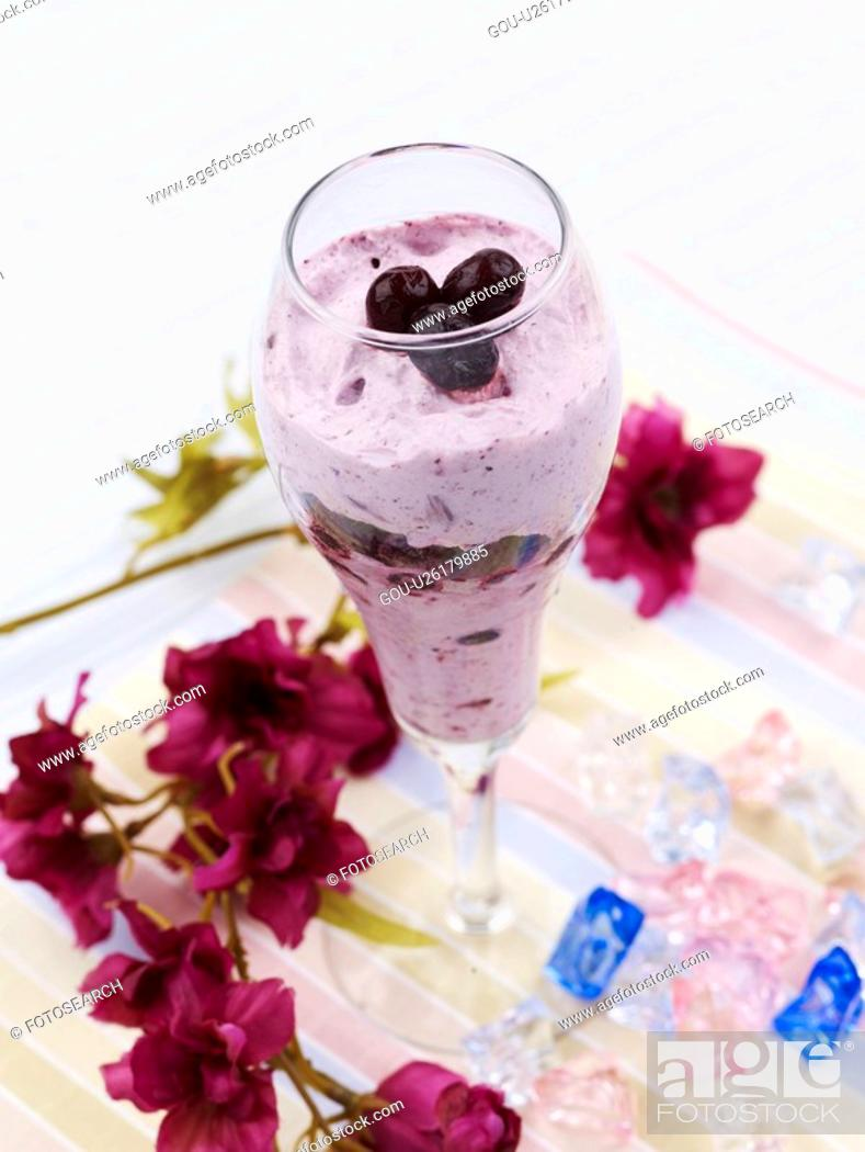 Stock Photo: food styling, blueberry, flower, tablecloth, glass cup, decoration, blueberry shake.