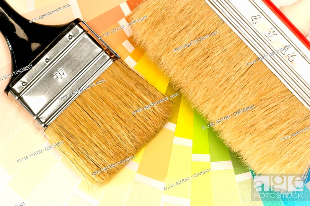 Imagen: Painting equipments brush and color swatch.