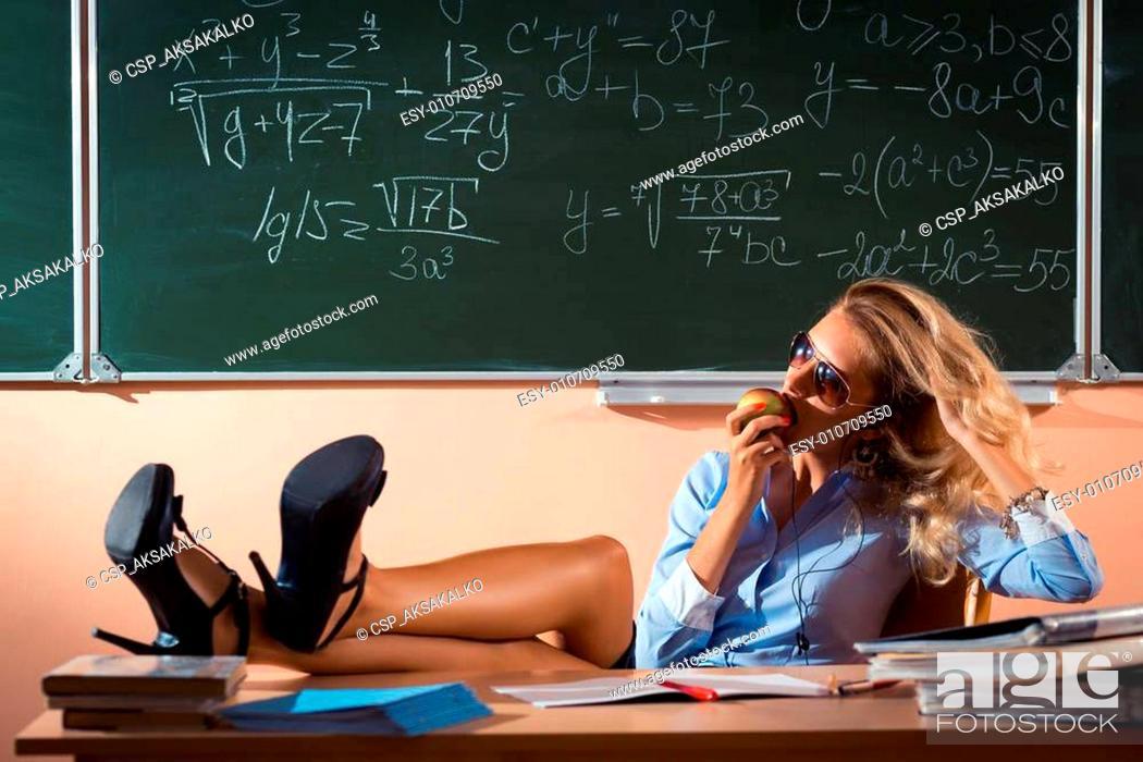 Pics sexy teacher NYC teacher