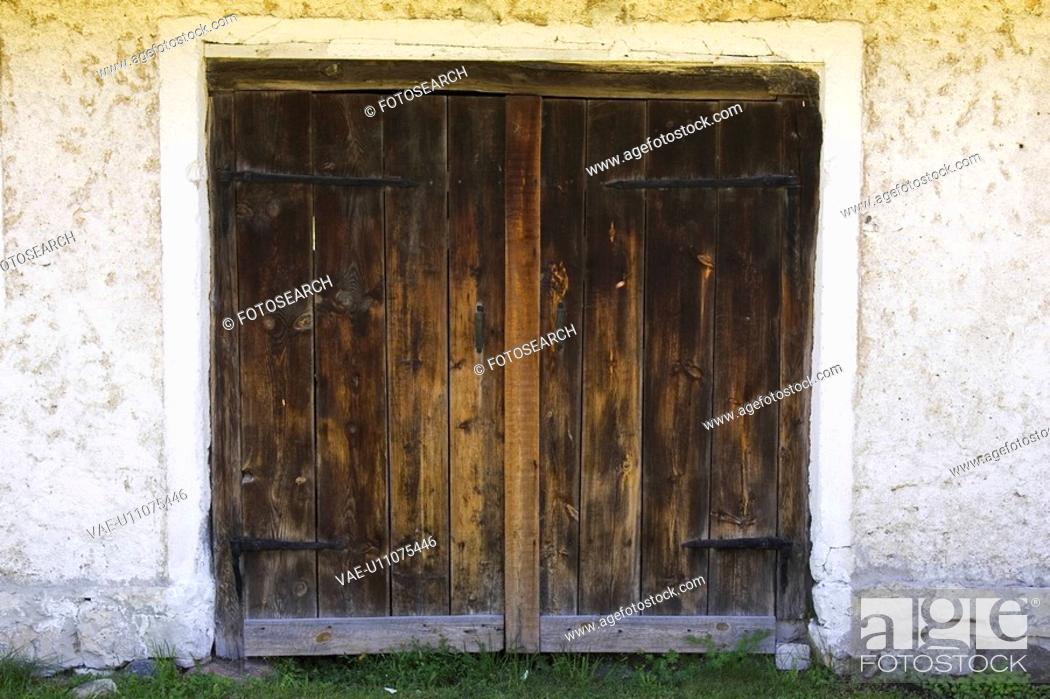 Stock Photo: Broken, Cracks, Day, Door, Doorframe.