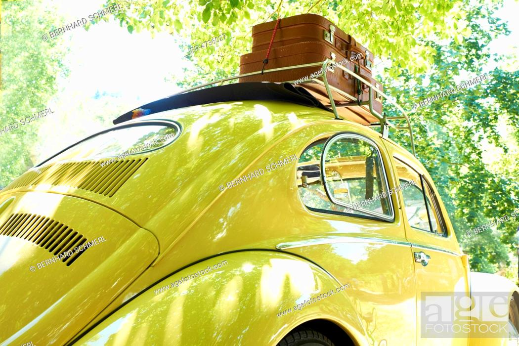 Stock Photo: VW Beetle, built in 1957, vintage car, roof rack, travel suitcase, trip, into the green, Germany.