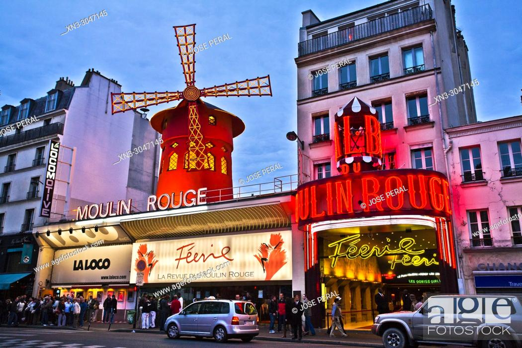 Imagen: Moulin Rouge cabaret, Boulevard de Clichy in the 18th arrondissement, Paris, France, Europe.