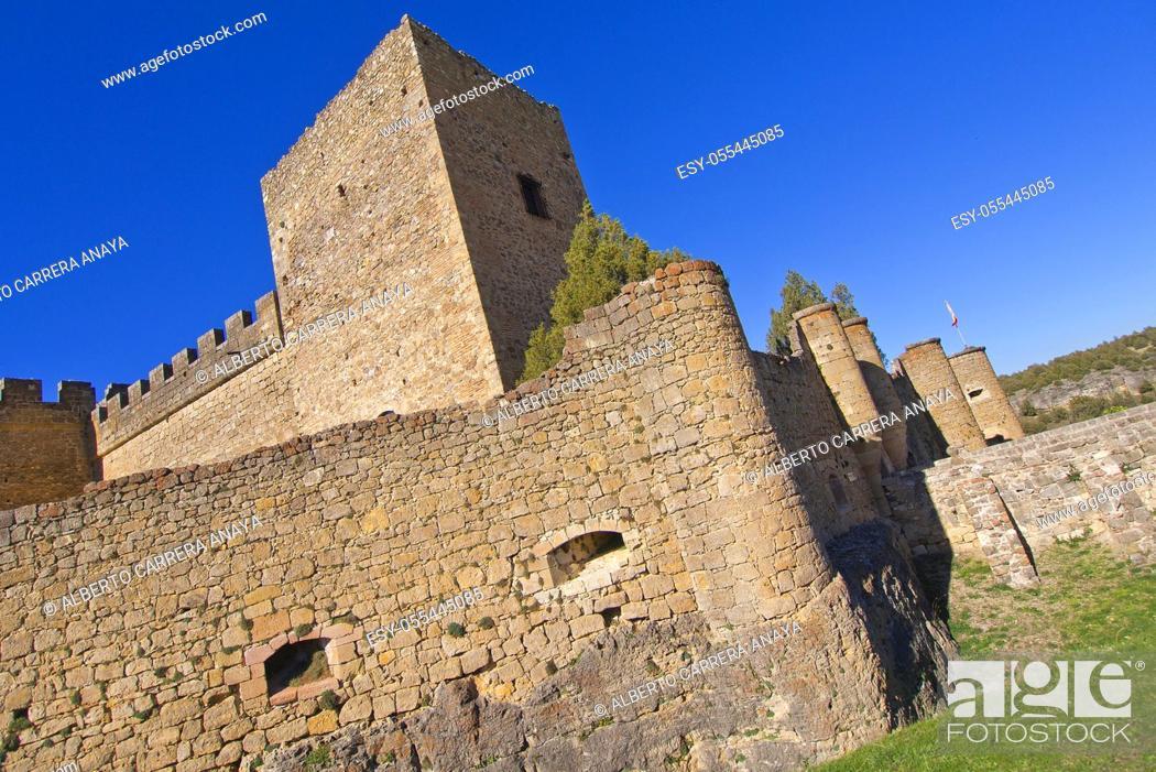 Imagen: Castle of Pedraza de la Sierra, Mediaeval Village, Segovia, Castilla y León, Spain, Europe.