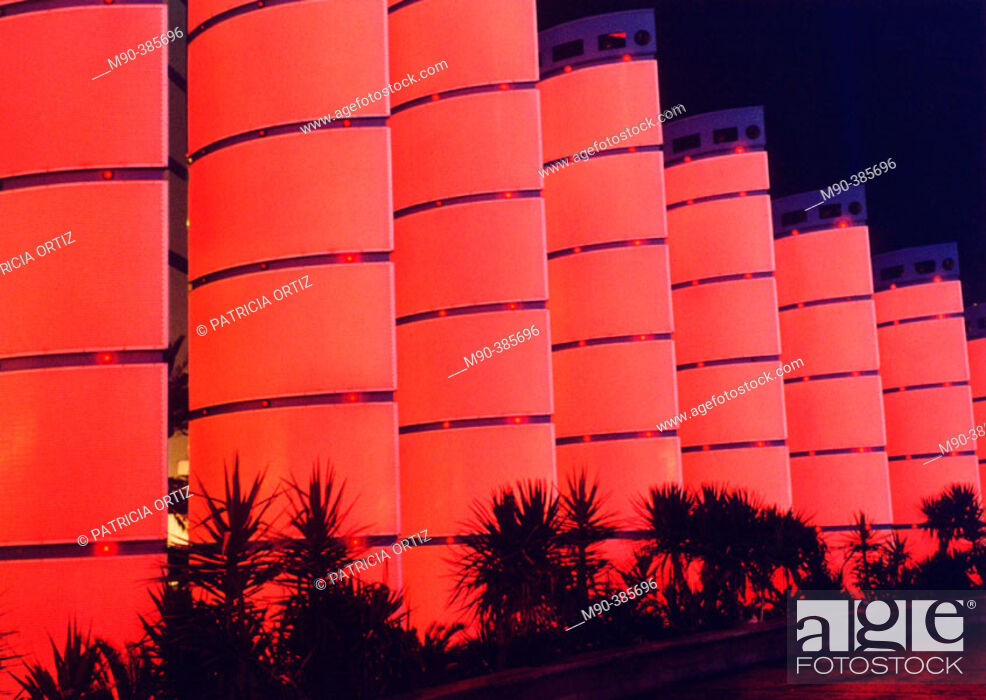 Stock Photo: Photo taken at Las Vegas, nocturnal shot of red lighted structures. Shot taken at Las Vegas Boulevard, outside one of the hotels. Las Vegas. Nevada.