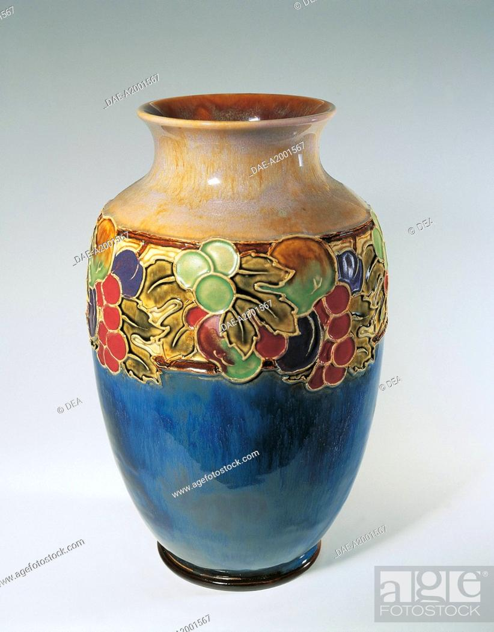Decorative Arts England 20th Century Porcelain Royal Doulton