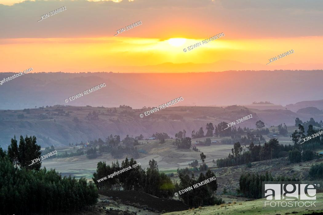 Stock Photo: The sun setting over the mountains and valleys of Debre Berhan, Ethiopia.