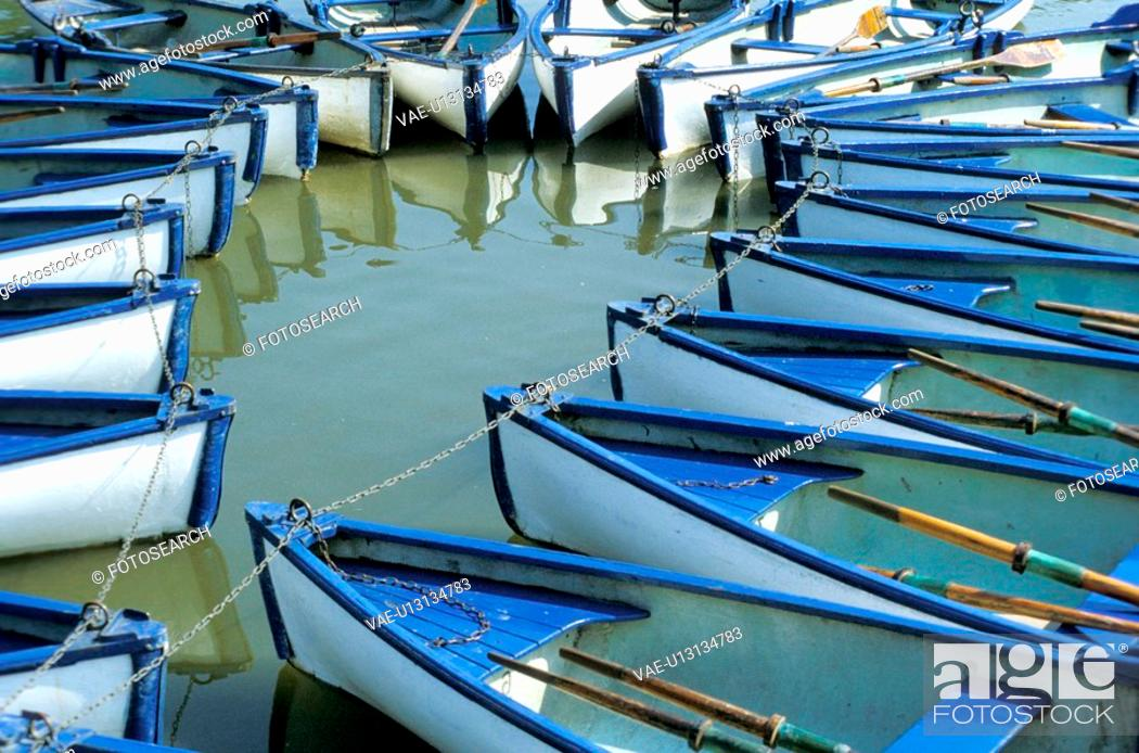 Stock Photo: blue, boat, circle, day, detail, free.