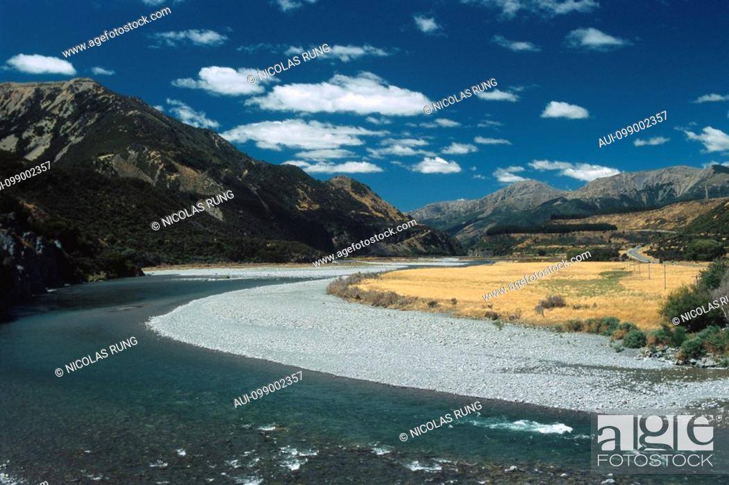Stock Photo: New Zealand - South Island - Canterbury - Lake Sumner Forest Park - Hope River.
