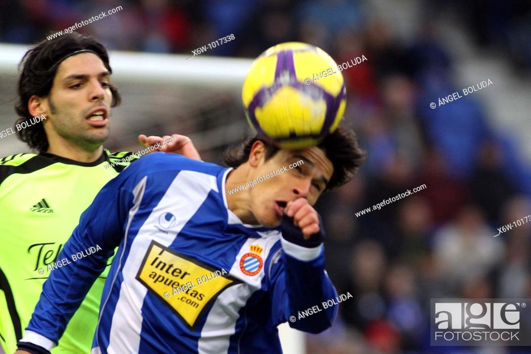 Stock Photo: Cornellá-El Prat Stadium, 10/01/2009, Spanish League, RCD Espanyol vs. Real Zaragoza.