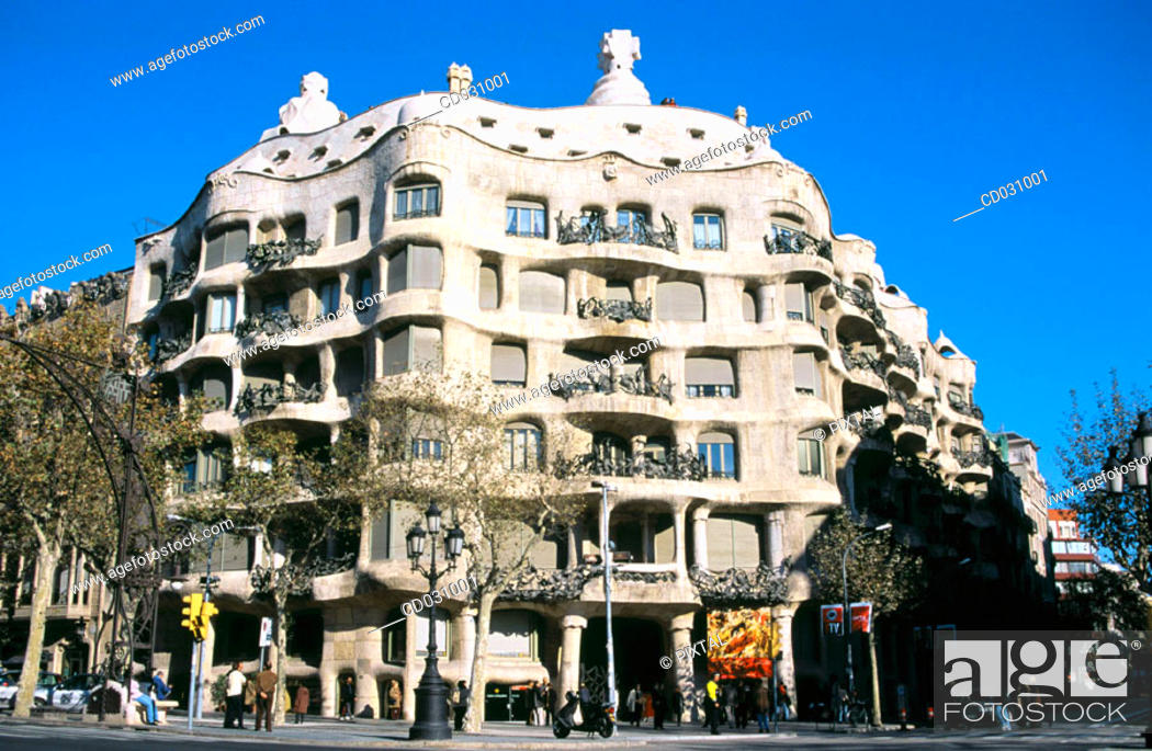 Stock Photo: Milà House, aka 'La Pedrera' (Gaudí, 1906-1912). Barcelona. Spain.